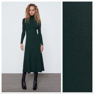 NWT. Zara Dark Green Knit Midi Dress. Size S.